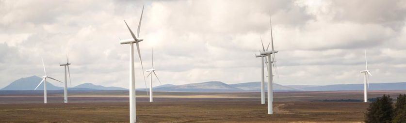 UK Wind Power Output Breaks New Record - Simply Switch